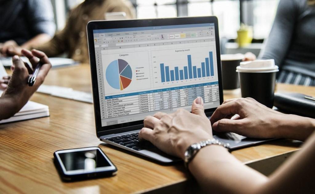 007 Stunning Score Deluxe Startup Busines Plan Template Highest Quality  Score-deluxe-startup-business-plan-template 1.docxLarge